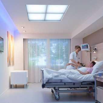 Натяжной потолок Натяжные потолки TEQTUM в палате больницы