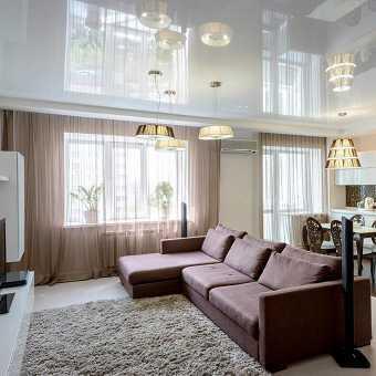 Глянцевый потолок MSD Premium в гостиной