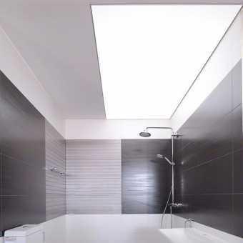 Световой потолок New Vision в ванной