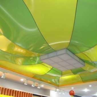 Сложный двухуровневый потолок