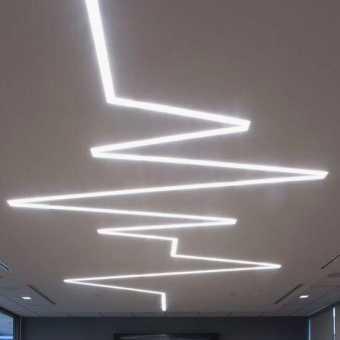 Световые линии на потолке произвольной формы