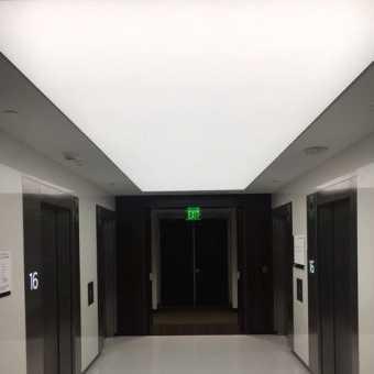 Световой потолок New Vision в холле