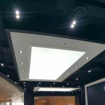 Световой потолок New Vision в магазине
